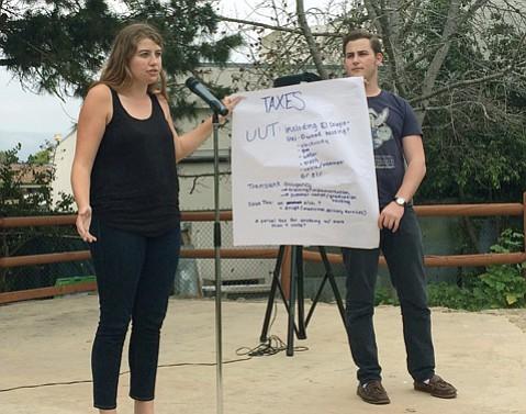 <b>CHARTING THE COURSE:</b>  Isla Vista residents talked tax options last Saturday at Anisq'Oyo' Park.