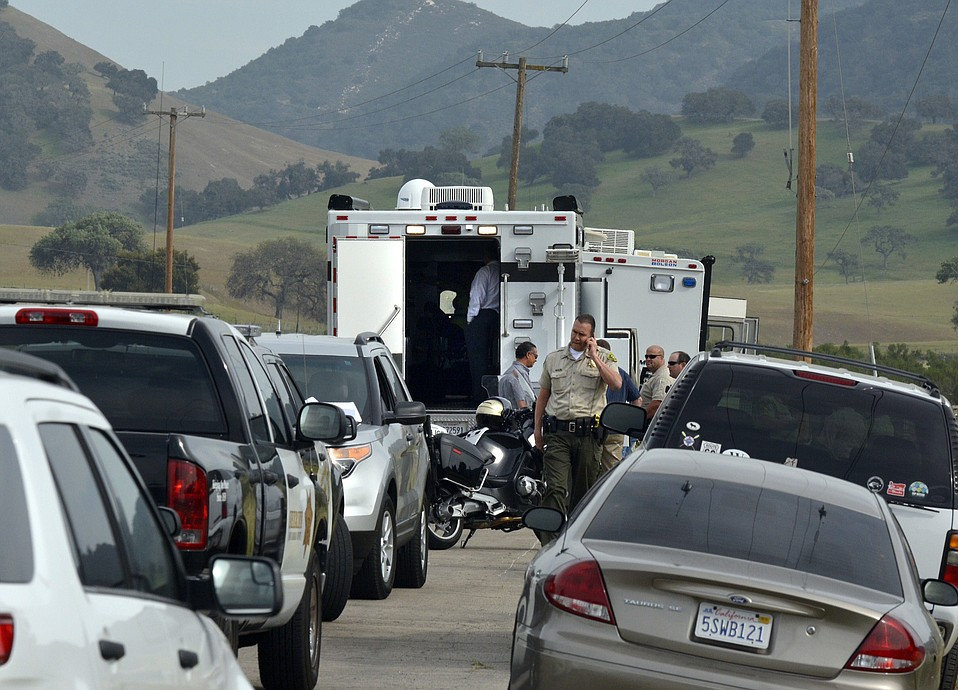 Sheriff's Lt. Ray Vuillemainroy on scene at a standoff outside of Los Alamos where a man, believed to be armed, has barricaded himself in a house and caused the closure of North and South bound traffic on Highway 101  (Mar. 20, 2015)