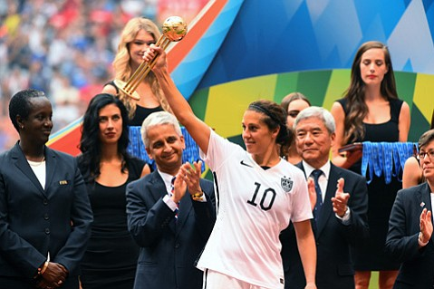 <strong>RIDING THE WORLD CUP WAVE:</strong> U.S. soccer star Carli Lloyd makes a stop at UCSB to talk about what it takes to win the World Cup and how it feels to be named the female soccer player of the entire year.