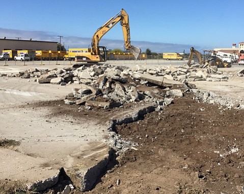 Direct Relief breaks ground on new facility.