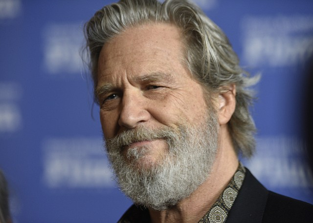 Jeff Bridges is honored with the 2017 SBIFF American Riviera Award.