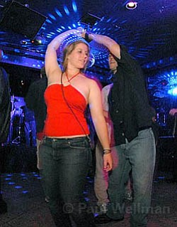 The dancing can continue at Sandbar after the Santa Barbara City Council upheld the Fire and Police Commission's decision to approve a dance permit there.