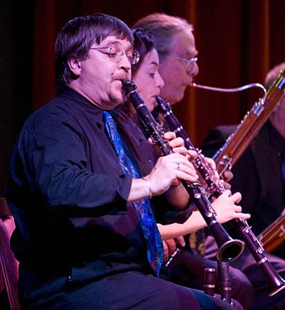 Clarinetists Bil Jackson and Carol McGonnell and bassoonist John Steinmetz performed with Camerata Pacifica in a night devoted to music for woodwinds.