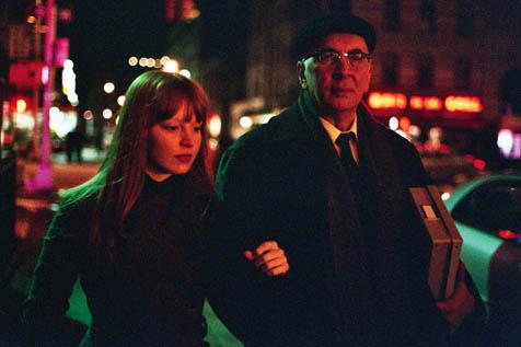A grad student (Lauren Ambrose) convinces an aging writer (Frank Langella) that her thesis on his work will bring him new, refreshed literary acclaim in <em>Starting Out in the Evening</em>.