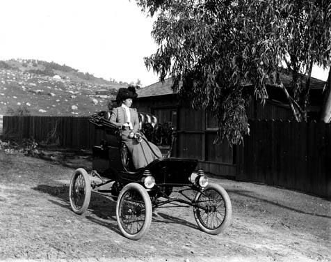 Early motoring in Santa Barbara.