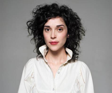 annie clark height