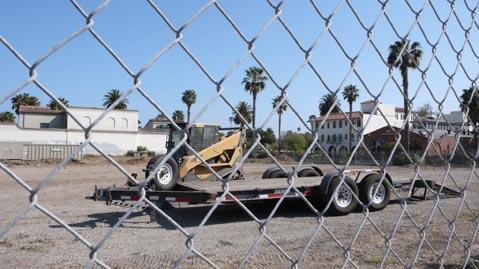 This empty lot is to become a youth hostel