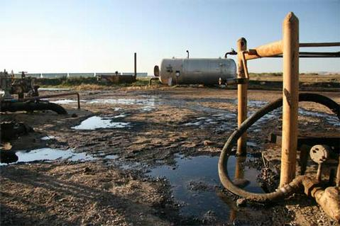 A Greka spill (from the &quot;Union Sugar Lease Tank Battery&quot;) in 2008. 