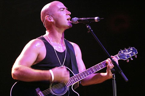Live singer Ed Kowalczyk had the audience in the palm of his hand at the band's show last Friday.