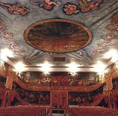 The AmarÂ-gosa Opera House