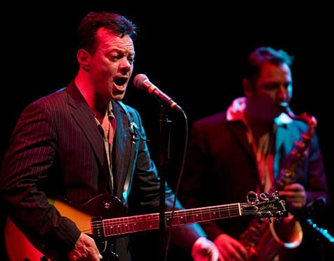 Bluesy Brit James Hunter rocked the Lobero Theatre during his half of last Saturday's Sings Like Hell split bill.