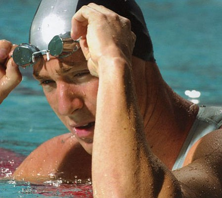 Former Gaucho and current gold medalist Jason Lezak swam the fastest split of all time to push the U.S. men's 400-meter freestyle relay team to victory on Sunday in Beijing.