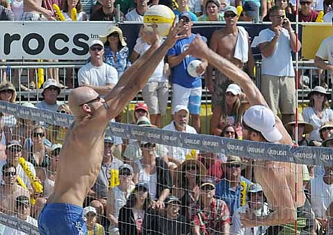 "Phil ""The Beijing Beast"" Dalhausser makes the block"