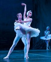 Yevgeni Anfinogenov as Prince Siegfried and Victoria Luchkina as Odette, the swan princess.