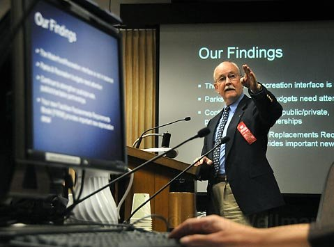 FREE ADVICE:   Richard Jensen, retired head of capital planning for UCSB and UC Santa Cruz, chaired the city's blue-ribbon task force.