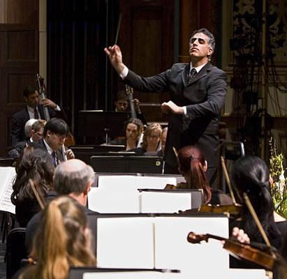 Maestro Nir Kabaretti led the Santa Barbara Symphony on a musical tour of Italy.