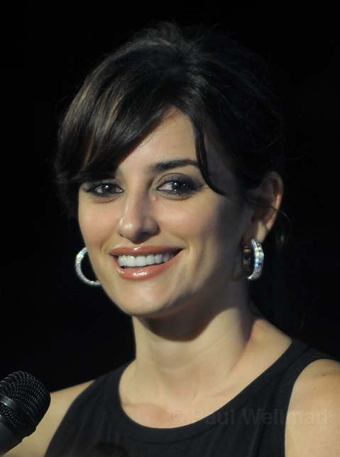Penelope Cruz talks with the media