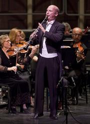 H¥kan Rosengren was the guest soloist for the Mozart clarinet concerto.
