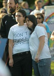 Shira Gevirtz (left) and Lexi Faulding attend the rally at the Santa Barbara Courthouse