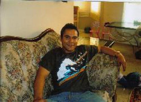 A search-and-rescue team failed to find Jesus Omar Villa of Fresno, a missing person believed to be dead and buried in the mountains nearby.