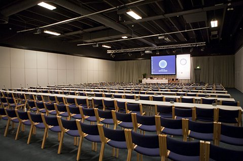 Breakout rooms like this are where most of the hard compromises get done between nations big and small. Except when nations walk out upset over progress- or lack there of- they are empty. That is exactly what happened around lunchtime today.
