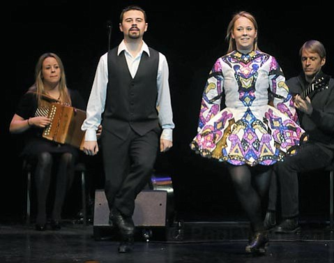 Marianne Knight, Brian Bigley, Katie Linnane, and William Coulter (from left) provided music and dance as part of Tom¡seen Foley's <em>A Celtic Christmas</em>.