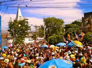 The artsy, historical, old neighborhood of Santa Teresa hosts crowded, lively blocos throughout carnival.