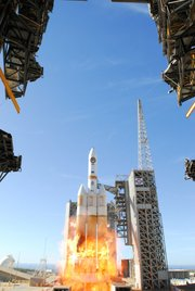Delta IV takes off from Vandenberg