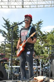 Geoff Weers of The Expendables, Extravaganza 2011