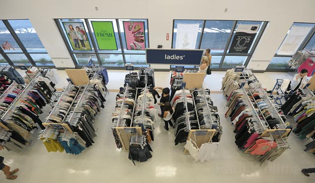 Marshalls Department Store - Oceanside, NY, United States