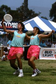 David Zeff and Carolyn Hubbard, at the 1988 FPA (Freestyle Players Association) World freestyle Frisbee Championships