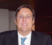 Jeffrey Cole, director of the USC Annenberg School for Communications Center for the Digital Future.