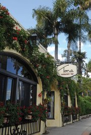 <b>SHORE THING:</b>  Fine dining goes back to the beach, at Cabrillo's Toma restaurant.