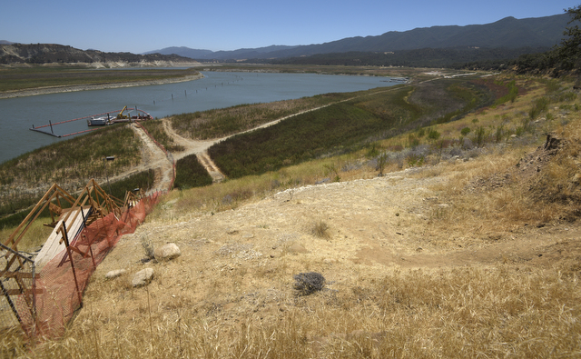 Biologists go e fishing for steelhead for Cachuma lake fishing