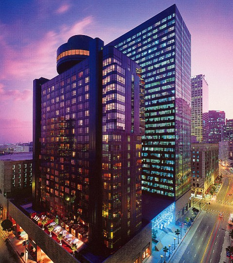 The renovated Sheraton Los Angeles Downtown offers comfort and close proximity to football stadiums, restaurants, and live theater.