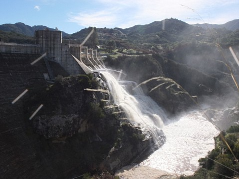 Gibraltar Reservoir overflows its dam on January 24, 2017.
