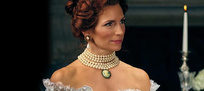 Karin Wolverton stars as Magda and Adam Diegel as Ruggero in Opera S.B.'s La rondine.
