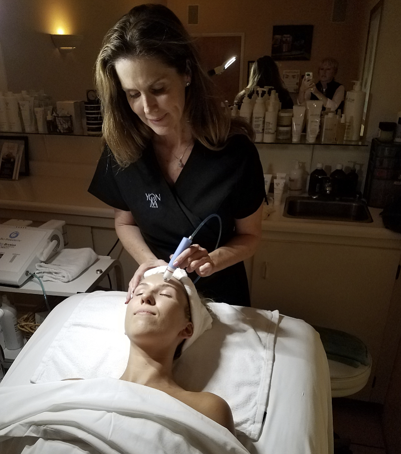 The author gets a deep facial treatment.