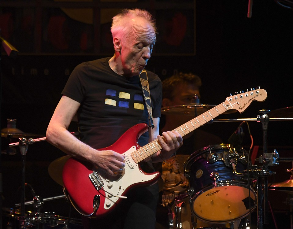 Robin tRower plays the Lobero Theatre (May 17, 2017)