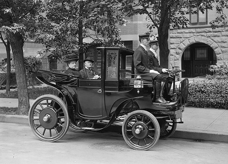 Even used electric cars — for instance this Krieger Landaulette owned by Rhode Island's Sen. George Wetmore circa 1906, were it available — are eligible for a $450 rebate from SoCal Edison.