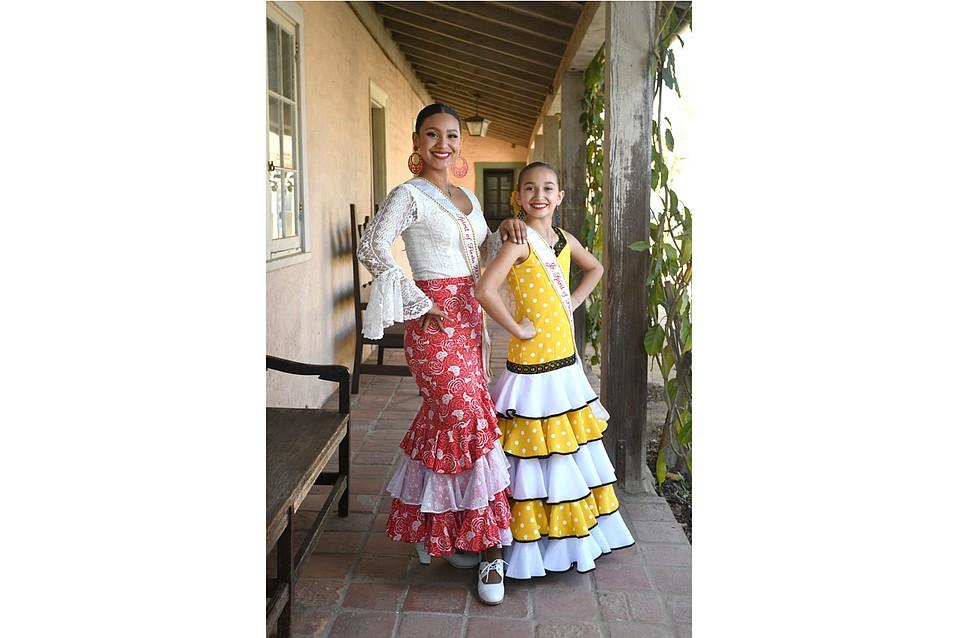 2017 Spirit of Fiesta, Norma Escárcega (left), and Junior Spirit of Fiesta, Eve Flores
